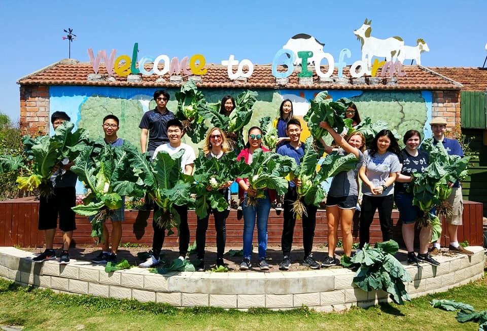 AP Lang Students at Concordia Investigate Local Sustainable Food Systems