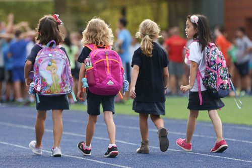5 Morning Drop Off Tips to Help Young Learners Build Healthy School Habits